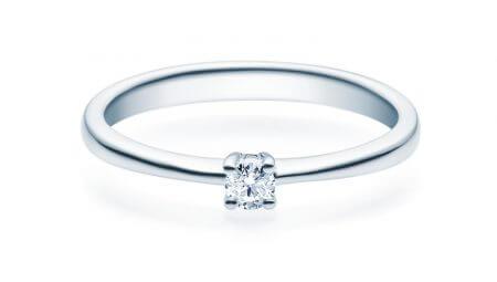 Klassischer Verlobungsring in 925 Silber im Stil eines Solitärringes